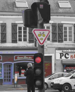 https://www.ville-bourges.fr/__medias__/images/ecologie/tourne-droite.jpg